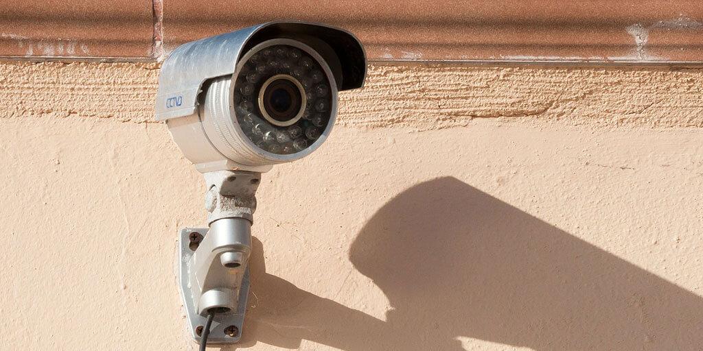 cámara vigilancia comunidad de vecinos